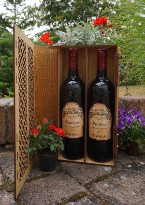 Vinlåda två flaskor öppen till hemsidan