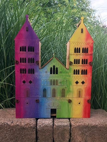 Domkyrkan regnbågsfärgad vinlåda MED MINDRE UPPLÖSNING